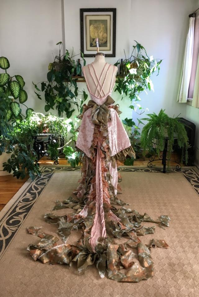 Art Dress La Esencia de Titania designed and created by Resa McConaghy